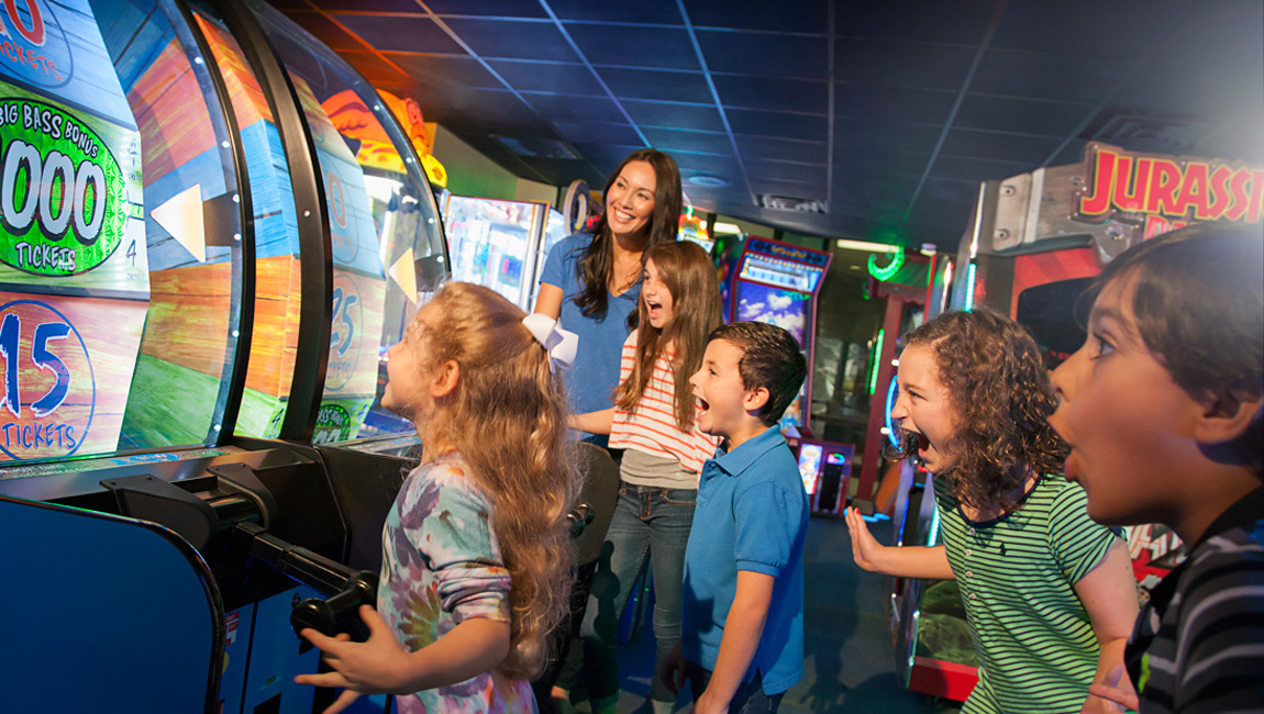 Town Center Arcade