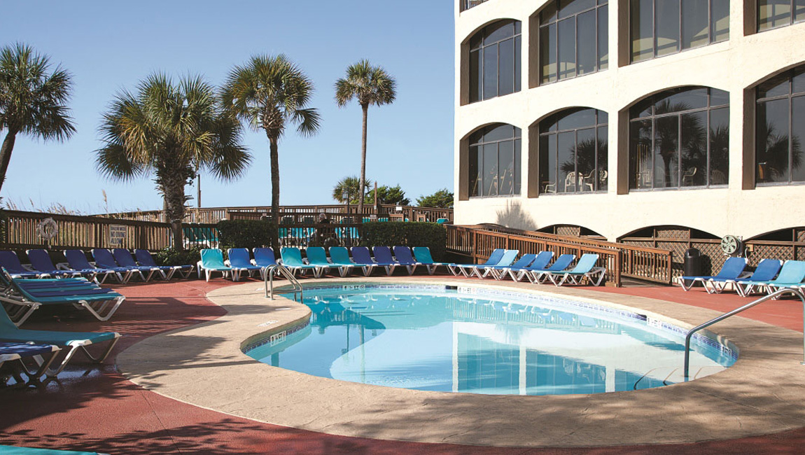 Beach Cove Resort Outdoor Pool