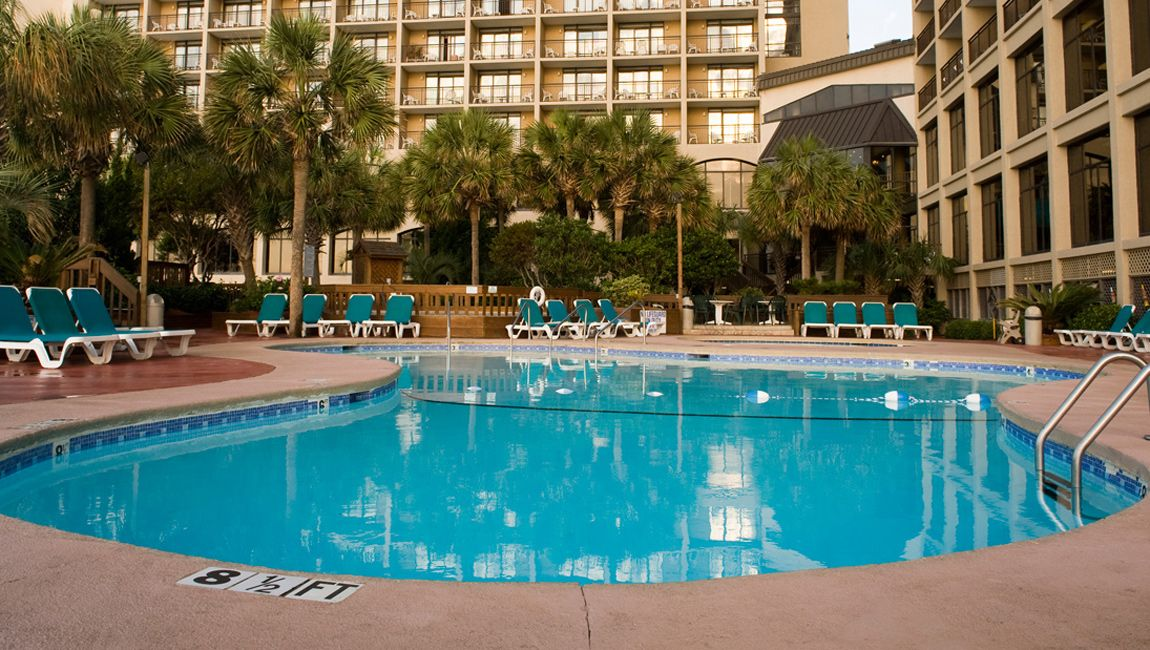Beach Cove Resort Outdoor Pool Deck